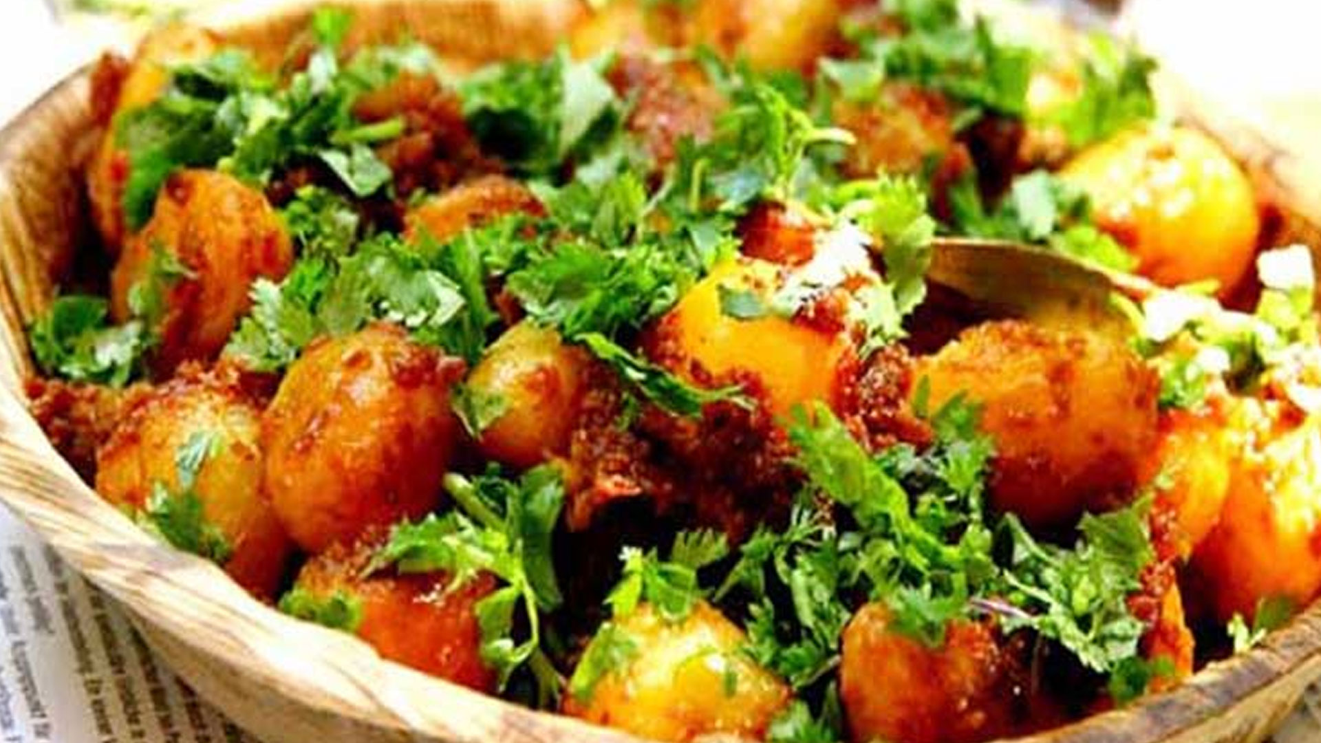 Dum-Aloo---Kharagpur-Junction-railway-station,-West-Bengal