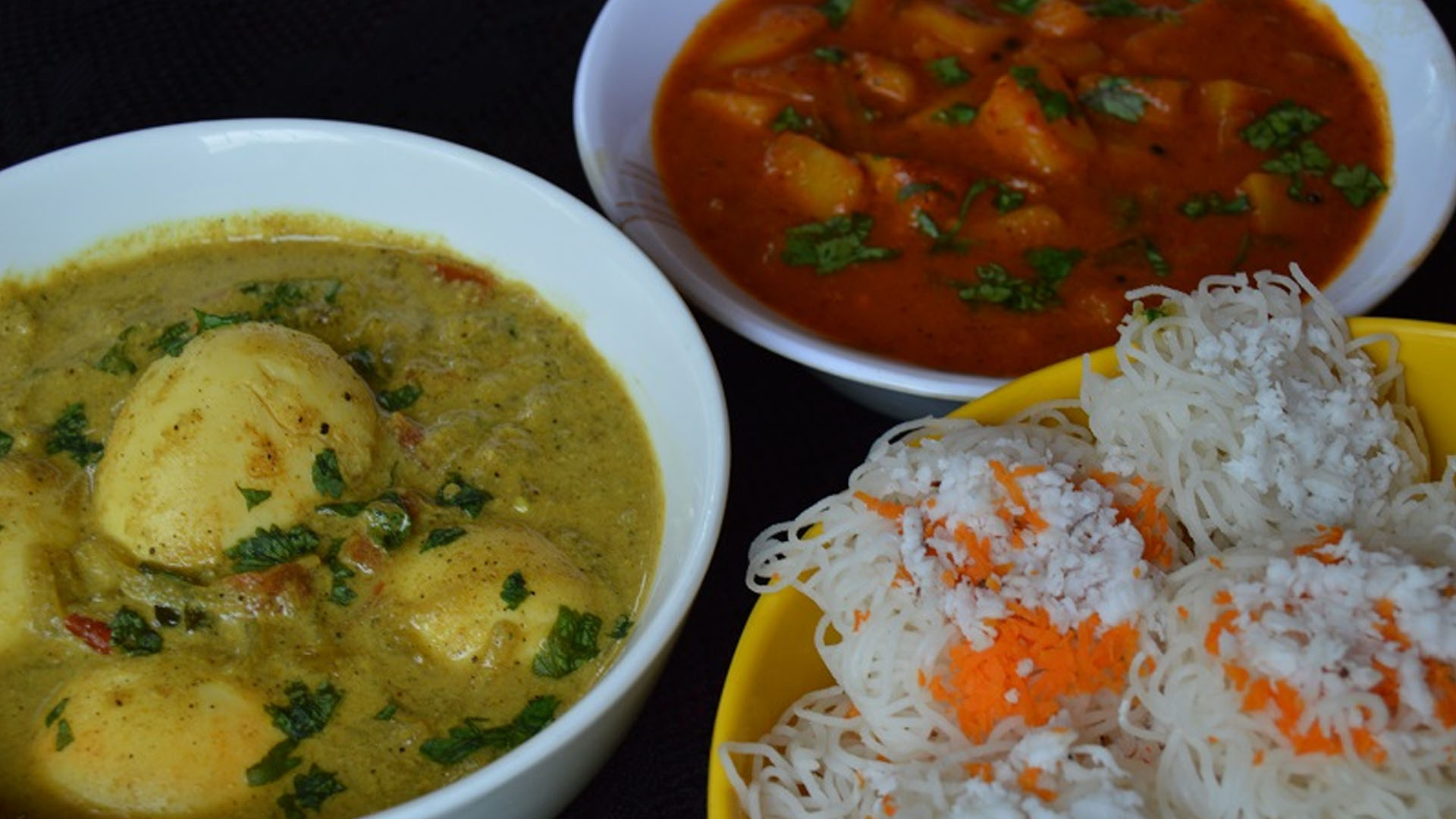 Idiyappam with curry